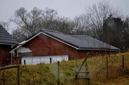 Bagger beschädigt Haus_Kroeger0010