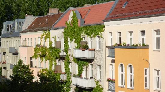 Balkone in Berlin_Copyright Orlando Mittmann