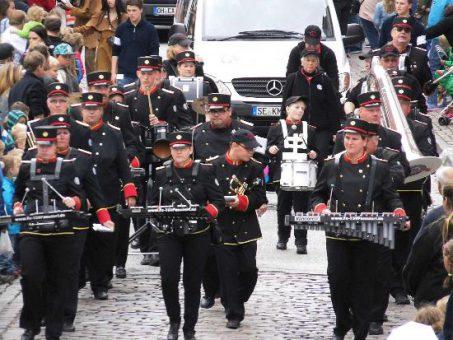 tbf190616_168,Volksfestzug_Kroeger_014