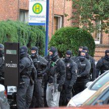 polizeieinsatz-hl1-014