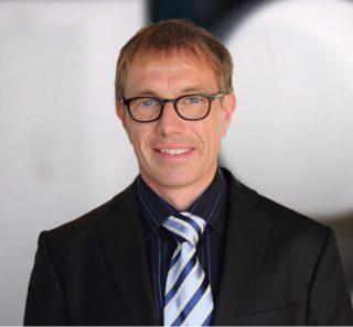 Dr.-Ing. Dipl.-Phys. Dirk Jacob