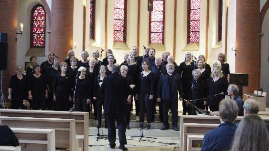 tbf150717_Gospel-Herz-Jesu-Kirche_Freywald_296
