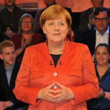 tbf120917_Merkel-Wahlkampfarena_Kasnitz_002