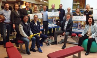 Foto: Freuen sich auf die gemeinsame Aktion: Bürgermeister Dr. Uwe Brinkmann, Stefan Meiser, Geschäftsführer Asklepios Klinik Am Kurpark, Kay Klindwort, Klindwort Apotheke (von links) / ews group
