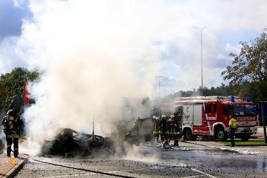 tbf130918_Brokenlande_Feuer vernichtet Wohnmobil_Maria-Niefeler_0003